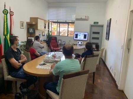COVID-19 COM EQUIPE DE FISCALIZAÇÃO MUNICIPAL